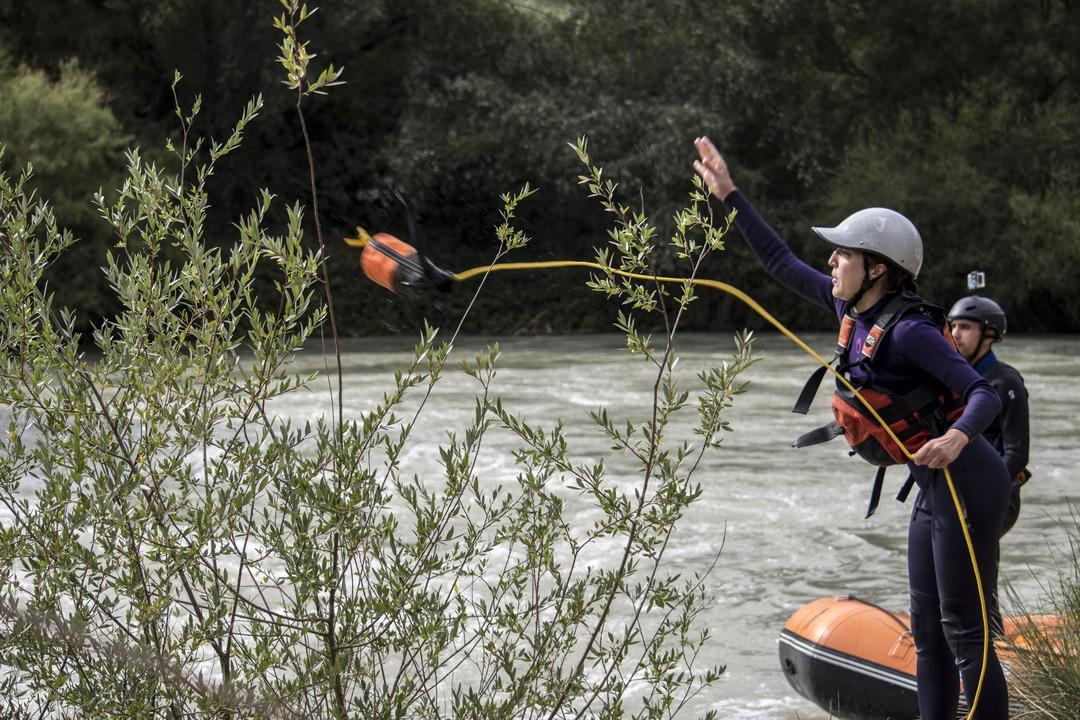 Formación con el curso de guía de rafting