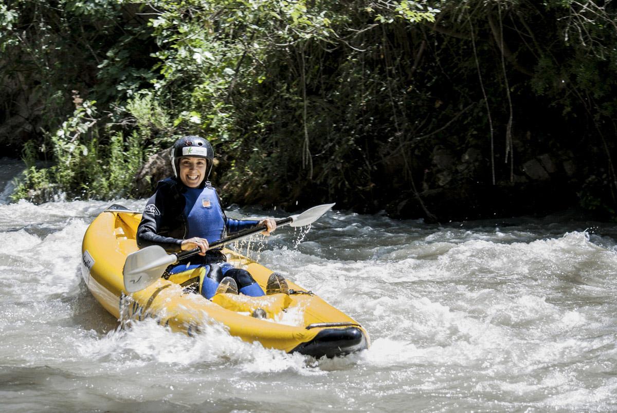 Kayak en el río genil. Córdoba